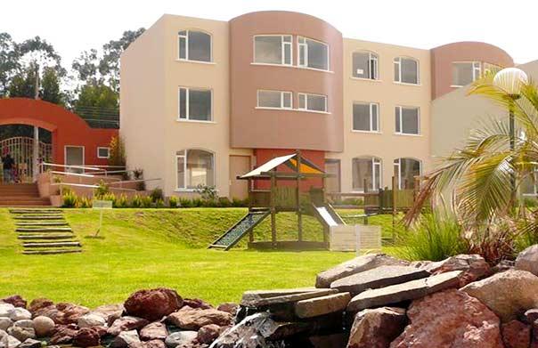 Casas Venta Altos de Girona Quito Ecuador
