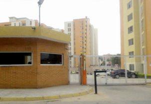 Fachada Residencias Doral Country Urbanización El Rincón Naguanagua